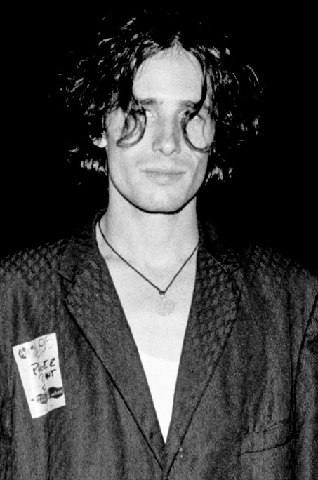 [Image: JeffBuckley-09.jpg]
